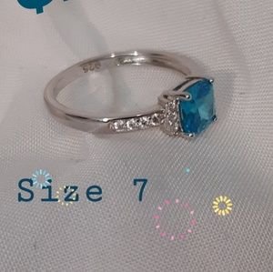 《NEW》auqua blue silver ring. size 7